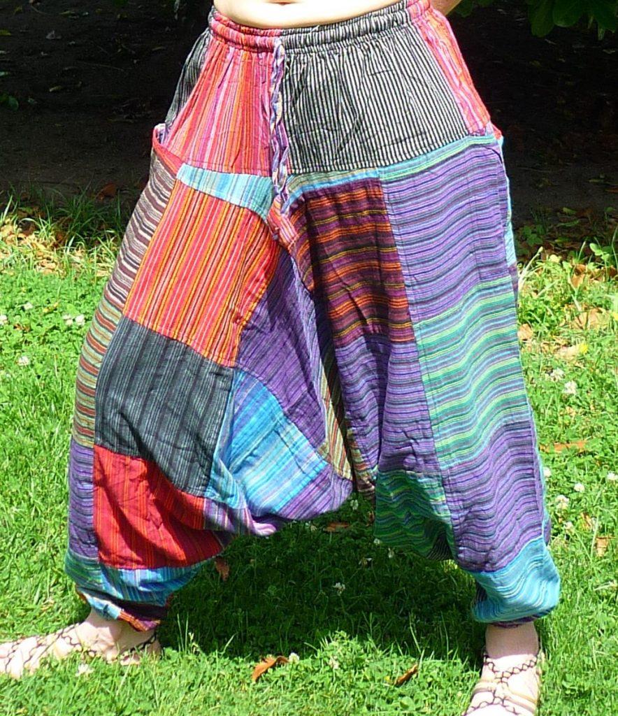 pantalón estilo hippie